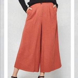 Pants - Cropped Gaucho Pants